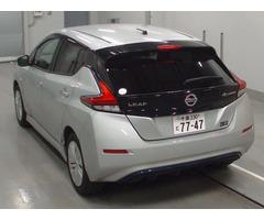 Электромобиль 2 поколение хэтчбек Nissan Leaf кузов ZE1 модификация S гв 2018